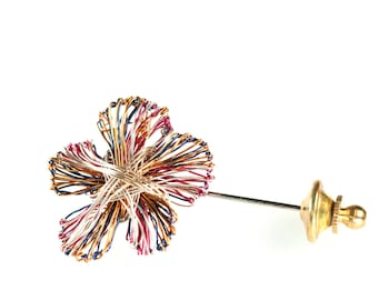 Wire art work, flower brooch, daisy pin cute