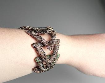 Wearable art jewelry triangle bracelet wire