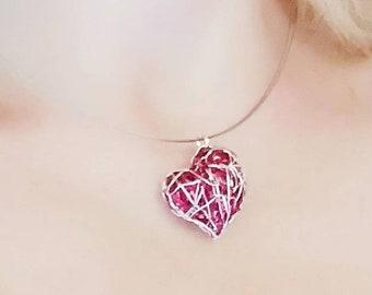 Red heart necklace, sculpture art, wire heart necklace, heart pendant, handmade, modern, Christmas jewelry, anniversary gift for girlfriend