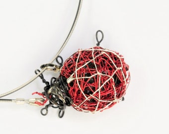 Ladybug necklace Ladybug pendant Wire sculpture Art necklace Red bug necklace Ladybird necklace Insect jewelry Whimsical Beetle jewelry