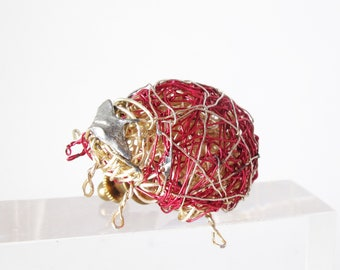 Ladybug jewelry, blouse, large, red gold, ladybug brooch, wire art sculpture, ladybird, beetle pin, modern jewelry, Summer gift for women