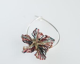 Colorful flower art pin Wire flower brooch Orange blossom jewelry Cute flower pin Modern brooch Art jewelry Small brooch Whimsical jewelry