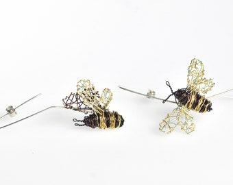 Bee earrings hoop, Wire bee sculpture jewelry art, Unusual insect jewellery, Bee mismatched earrings