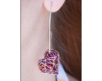 Red heart hoop earrings, Mismatched heart earrings, Wire sculpture earring, Contemporary art jewelry