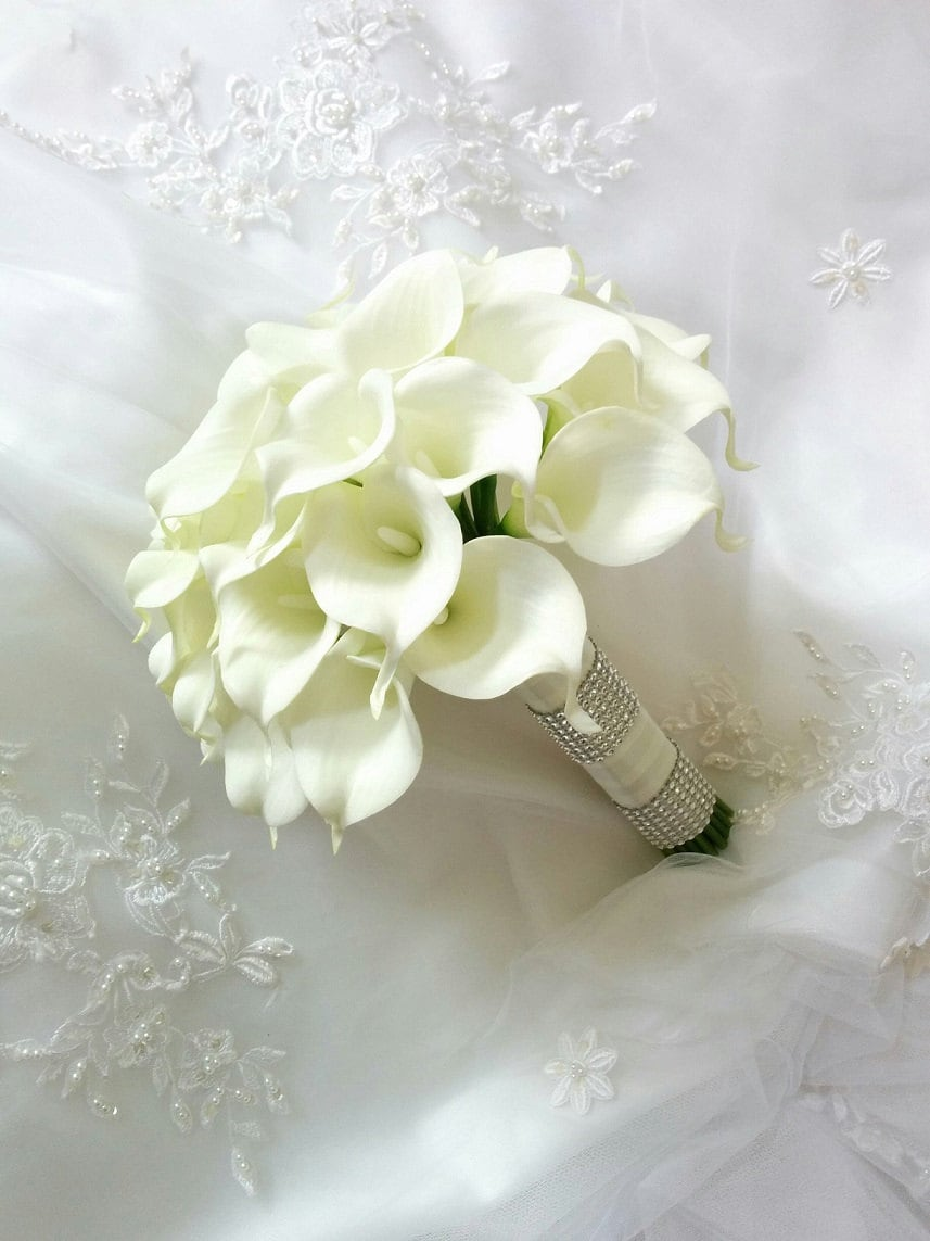 Silk wedding bouquet natural touch ivory calla lilies bridal etsy zoom izmirmasajfo