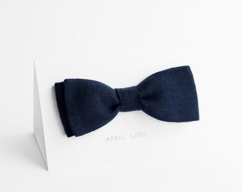 Dark navy blue bow tie, Deep blue bow tie, Nautical wedding bow ties, Navy groom's bow tie, Blue ties for men, Navy menswear, Blue attire