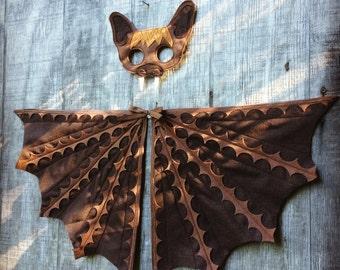Bat Costume Set / Bat Mask and fun flappable wings / Fly like a bat / Kids bat costume / brown bat costume / black bat costume / Tree + Vine