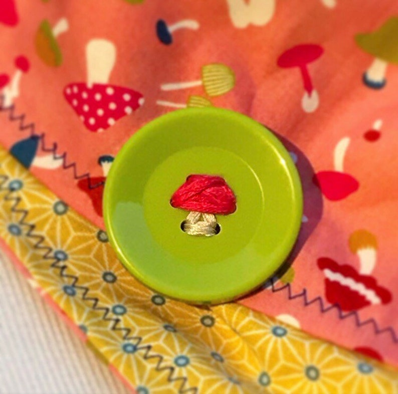NEW-One Of A Kind-READY to SHIP Handmade Mushroom Button Bandana-Imported Fabric From Japan-Asanoha Star Fabric Liner-100/% Cotton