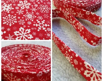 3 yard Christmas Red and White Flakes bias, Christmas Snow flakes bias tape. Holliday Bias Tape. 3 yard 1/2 inch Double Fold Bias