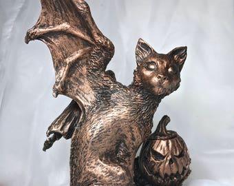 Fairy Cat: Hallow's End Witch's Familiar Statue