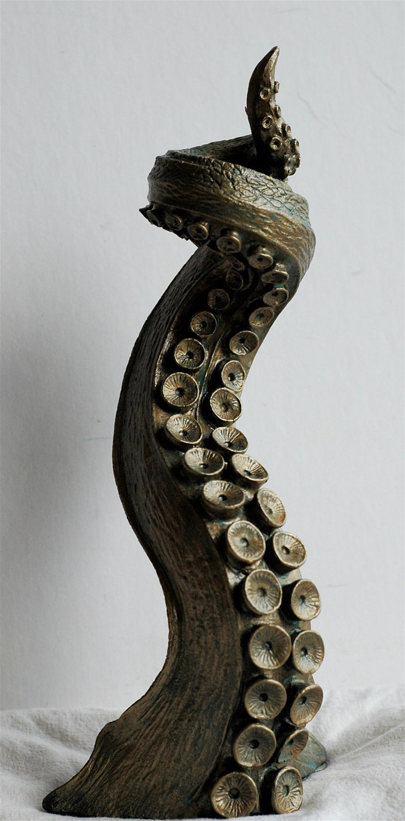 Tentacle Candlestick Holder image 0