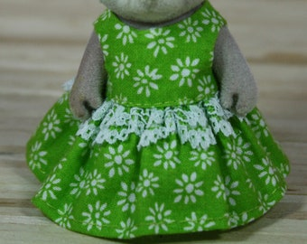 Calico Critters Dress, Green Floral Dress with Lace, Calico Critter Clothing, Calico Critter Clothes, Critter Accessories