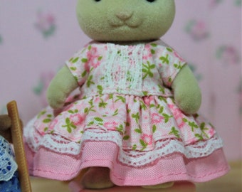 Calico Critters Dress, Pink Flowered Double Tiered Dress, Calico Critter Clothing, Calico Critter Clothes, Critter Accessories