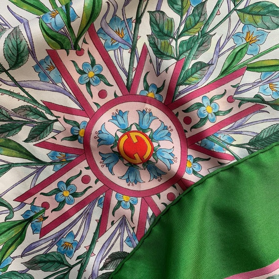 Vintage 70s Gucci Accornero silk scarf! - image 6
