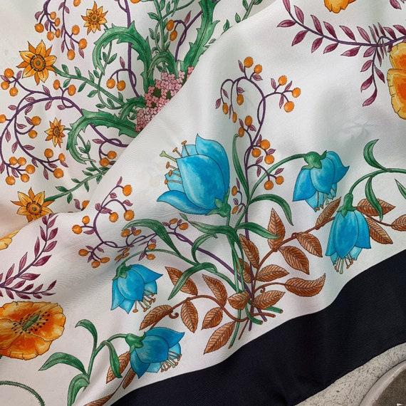 Vintage 70s Gucci Accornero Flora Silk Scarf! - image 5