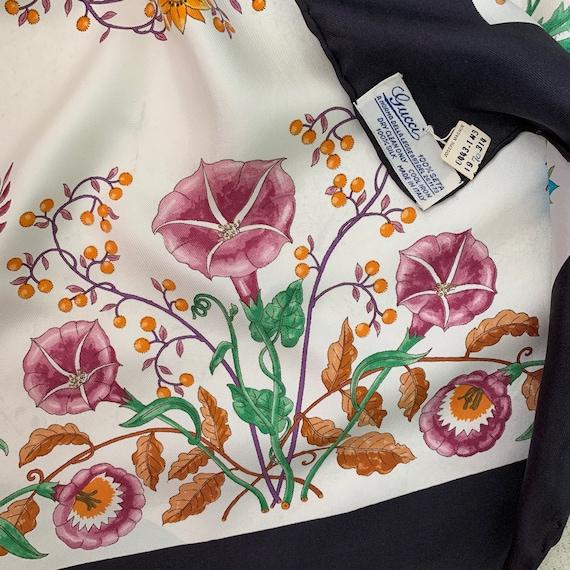 Vintage 70s Gucci Accornero Flora Silk Scarf! - image 7