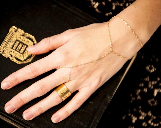 14k Gold Filled Triangle Ring Bracelet, Dainty Bohemian handchain bracelet, finger bracelet