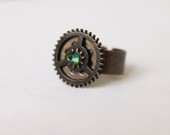 Adjustable Brass & Emerald Swarovski Crystal Gem Bead Atlantis Steampunk Gear Ring