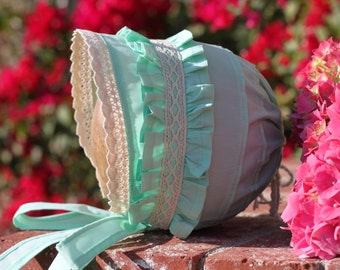 Mint Bonnet with Ruffle and Lace. 100% Cotton. Matching to Mint Tunic. Made to order. Made to Order
