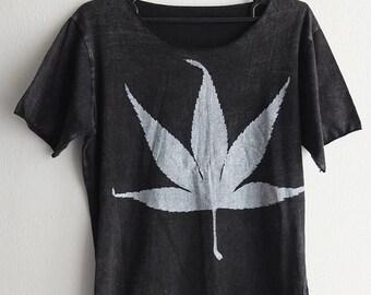 5e7b4bd1 Weed Marijuana Leaf stone wash rock T-shirt Unisex M