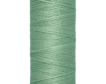 Gütermann all-seamstress sewing yarn 200 m - 847 subtle green
