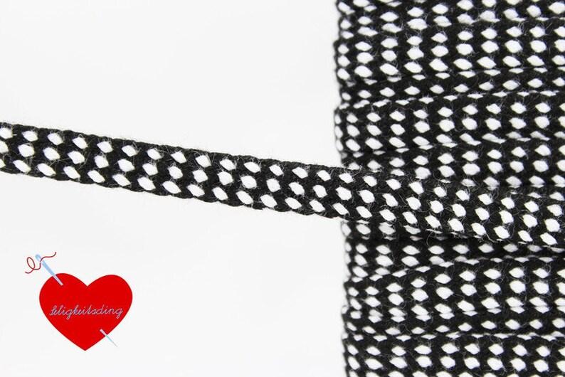 2.50 EUR/Meter coloured hoodie 10 mm-Black/White image 0