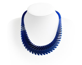 ARROW 3D Printed Necklace (Blue on Silver)