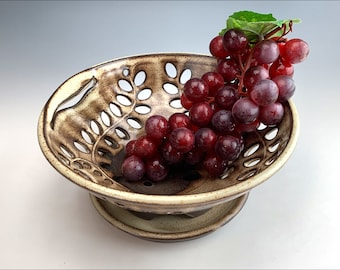 small BERRY BOWL   rustic fruit bowl, gourmet centerpiece, country colander, creamy shino glaze, intricate swirling leaves, leaf handle