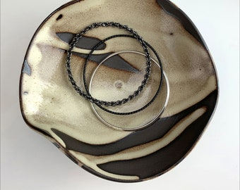 sm WILDWOODS WAVE BOWL   creamy shino streaked glaze, art bowl, coffee table dish, key/coin holder, jewelry dish, appetizer dish, all unique