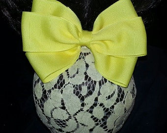 Lemon Yellow Grosgrain Hair Bow with Pastel Yellow Lace Snood