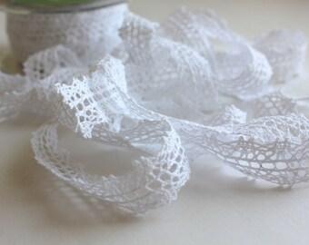 "5/8"" Crochet Lace Trim - White Lace - 2 yards"