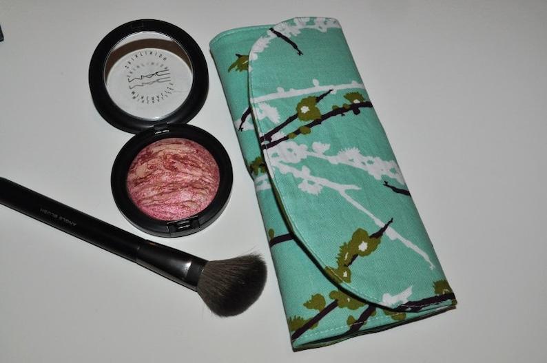 Mini Makeup Brush Case // Aqua  Olive Brush Organizer  image 0