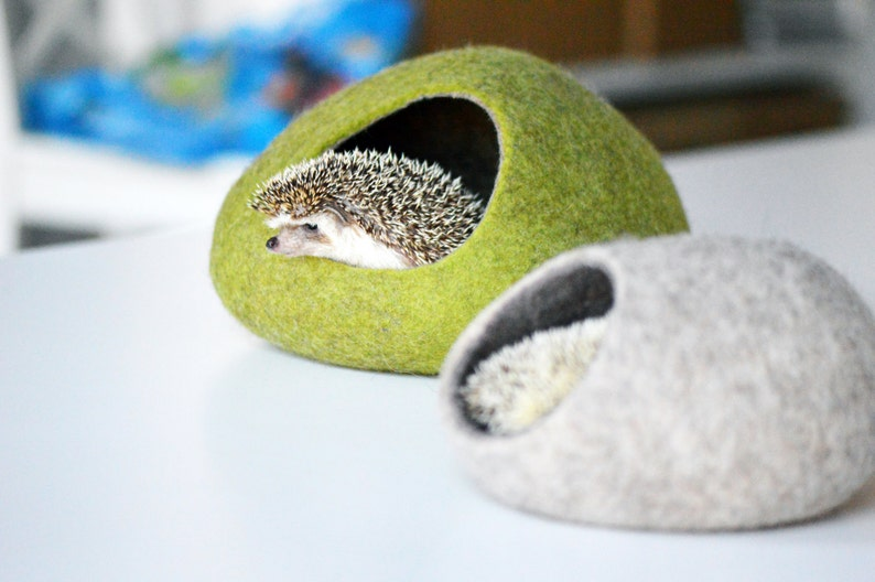 Hedgehog bed / small animal cave / small pet bed / felted pet image 0