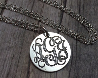 personalized vine monogram  necklace,engraved sterling silver necklace