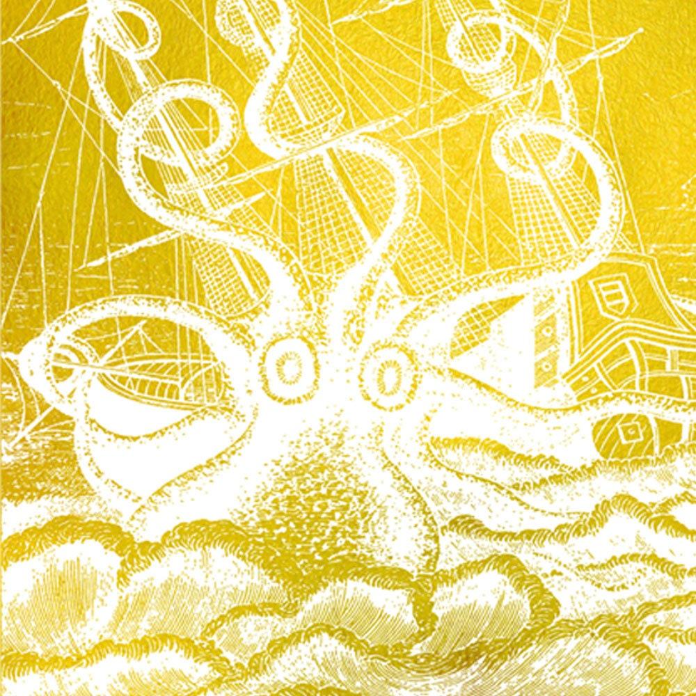 Gold Metallic Octopus Angriffe Pirat Schiff nautische Vintage
