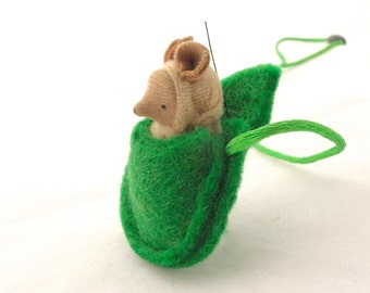 Small mouse necklace waldorf  miniature woodland animal tan NMG2