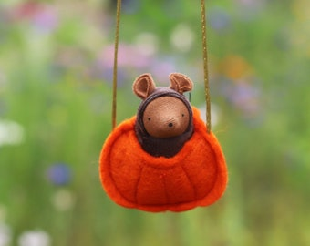Mouse in a Pumpkin Necklace // Halloween  Doll // Waldorf toy // Autumn Gift // Fall