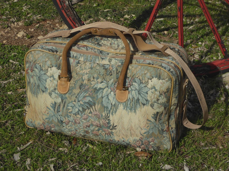 25d98ade64a2 FRENCH Luggage Co Paradise Large Satchel TWO Locks With KEYS