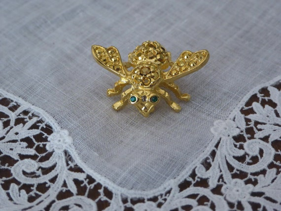 Gold Bee Pin Joan Rivers, Joan Rivers Gold Tone Be