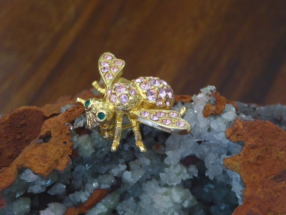 Pink Crystal Gold Bee Pin Joan Rivers, Joan Rivers