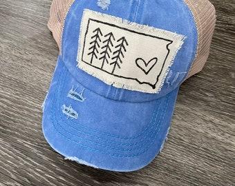 South Dakota Hat, Mod Trees, blue Criss Cross