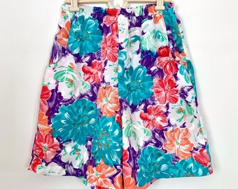 Vintage 80s Floral Shorts, High Rise Elastic Waist and Pockets, Size Petite 12