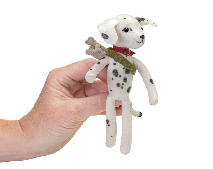 Dahlia Dalmatian hand-stitching kit