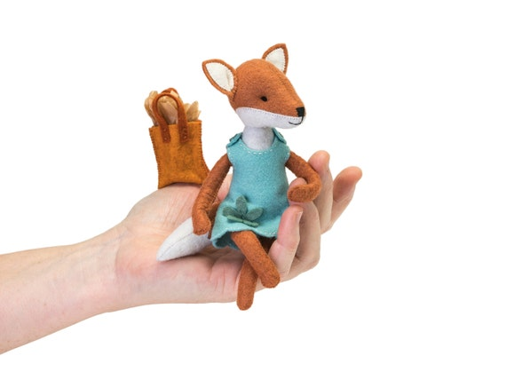 Winter Fox Needle Felting Craft Kit for AdultsAdults Christmas Craft Kits