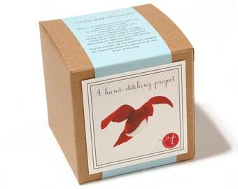 Cranberry bird in flight  kit, felt bird kit, sewing kit, DIY crafts for kids, beginner sewing kit, bird ornament kit, hand sewing kit