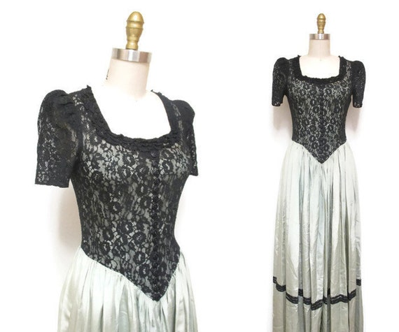 Vintage 1940s Gown | Sage Green and Black Lace 194
