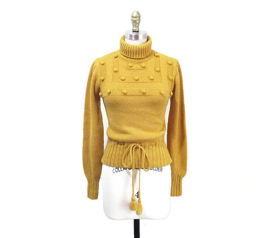 Vintage 1970s Turtleneck Sweater   Mustard Yellow