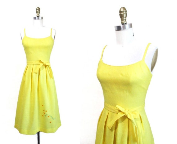 Vintage 1970s Sundress | Bright Yellow Embroidered