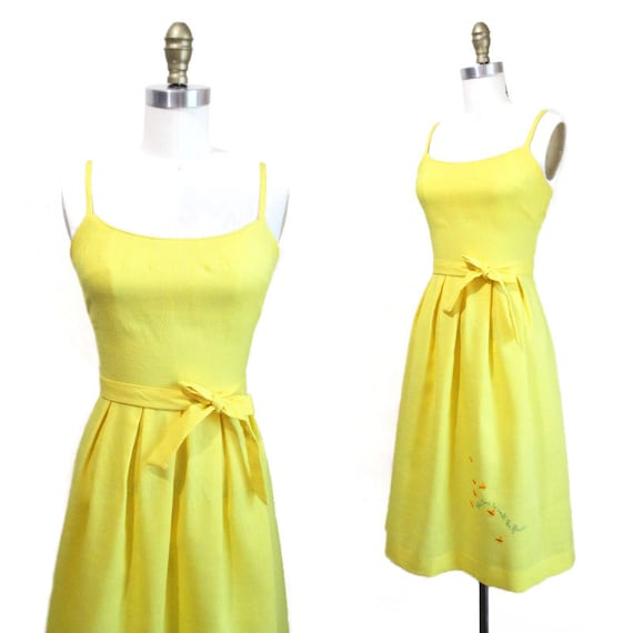 Vintage 1970s Sundress   Bright Yellow Embroidere… - image 3