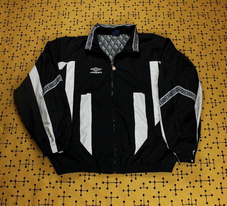 70324c2f1e919 90's Umbro Double Diamond Nylon Windbreaker Jacket XL Windbreaker Soccer  Taped Band Vintage
